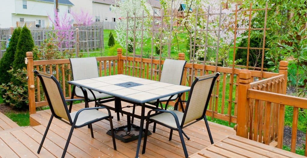 spring-clean-patio-garden