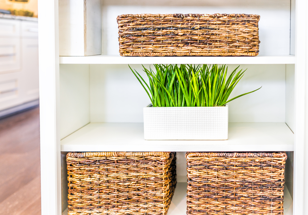 baskets-in-open-shelves