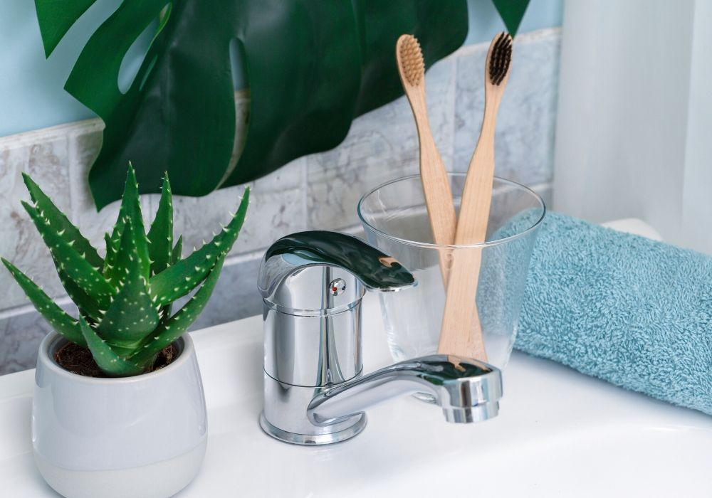 bamboo-toothbrush-zero-waste