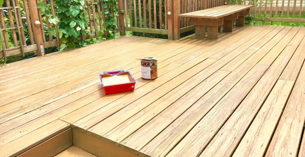 best-decking-oil-and-paint
