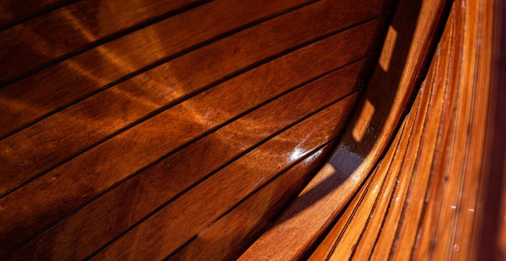 best-yacht-varnish
