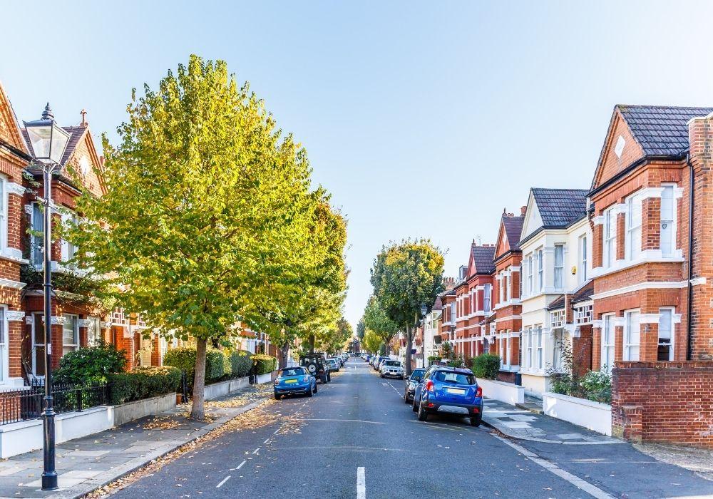 suburb-neighbourhood-london