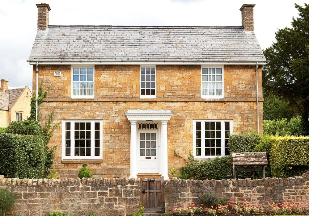 traditional-english-house-architecture