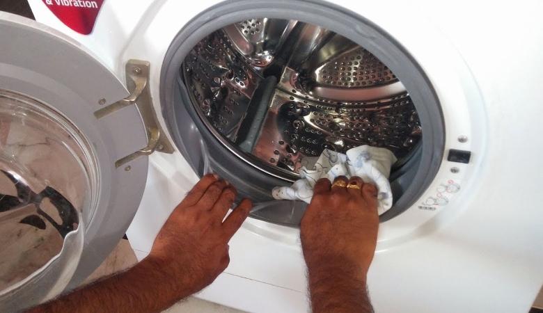 Clean Washing Machine Rubber Gaskets