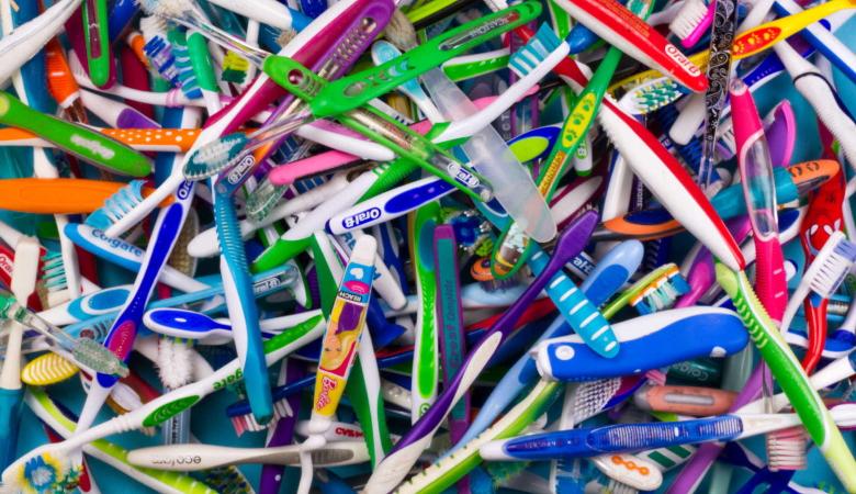 Avoid Plastic Toothbrush