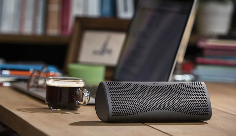 Wireless Speaker Connected to Computer
